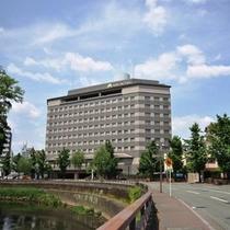 アークホテル熊本外観