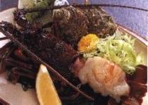 伊勢海老:宇佐美港産です。漁師さんから直接仕入れ、プリップリで甘〜い。