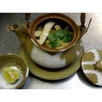 ★松茸★+上州牛プランの「松茸の土瓶蒸し」 秋の味覚を余すところなくご堪能下さい。
