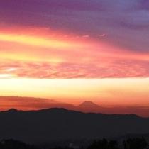 四季折々の表情を見せる山頂からの眺め