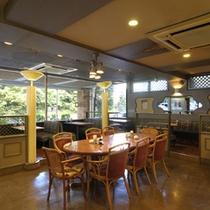 【プラザ】コーヒーハウス「花車」にて朝食やコーヒタイムを