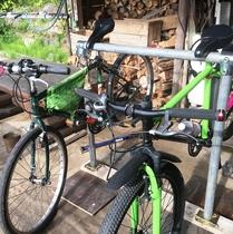 自転車ラックあります