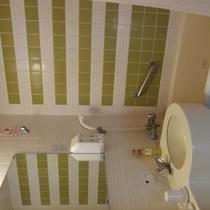 客室バスルーム ユニットバスタイプ(お部屋によりデザインが異なります)