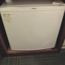 ◆客室冷蔵庫◆お部屋タイプにより型・設置場所が異なります。
