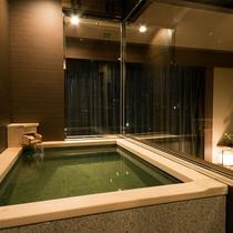 温泉付きプレミアルーム 内風呂