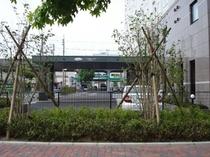 駐車場■駐車場は100台をご用意。