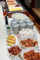 20種類以上バリエーション豊富な朝食