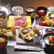 【冬の和会席料理】季節の素材をつかった料理が並びます (一例)