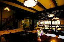桜清水茶屋 内装 歴史を感じてください