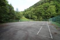 サークル仲間でテニス泊♪も大人気です。