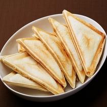 ■ホットサンド(日毎にツナorハムチーズで内容が変わります)
