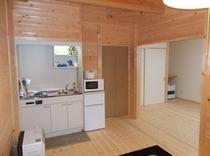 新棟リビングと寝室2