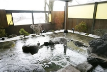 完全貸切制の露天風呂