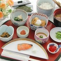 ■ご朝食(和食)+ドリンクバーとヨーグルト