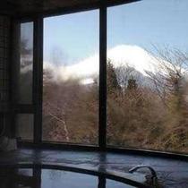 ≪風呂≫大浴場からの富士山
