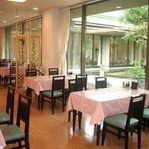 ■レストラン「かまくら」