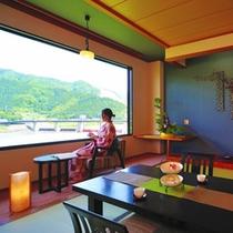 【2014年5月リニューアル】新客室『和』からみた阿賀野川