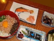 朝丼セット(700円メニュー)