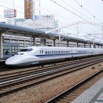 <JR姫路駅>当館まで徒歩約7分。南口「はとパーキング前」からホテルまで30分毎に無料送迎バス運行中