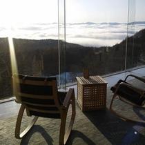 skyrounge retreat から望む朝日と雲海