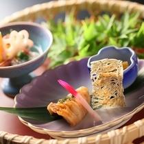 ■信濃旬菜盛り_焼き物_初夏の一例