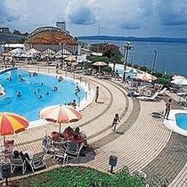 夏はシーサイドパークでプールがオープン♪
