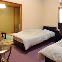 *【和洋室一例】2ベッドルームと6畳間のお部屋