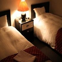 ツインルーム 夜の風景