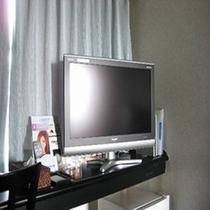 シャープAQUOS32型液晶テレビ全室設置