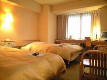■客室:ツインルームはナント!33平米のハイスペックルーム!