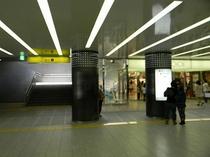 地下鉄難波1番出口01