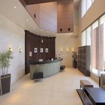 ホテル 1階 フロントロビー