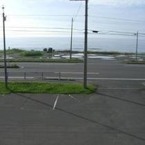 ホテルの前の海岸