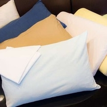 高さ・硬さそれぞれの選べる枕をご用意(先着順)