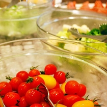 秋冬料理★地元の野菜のサラダバー