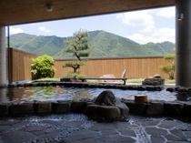 岩風呂からの風景