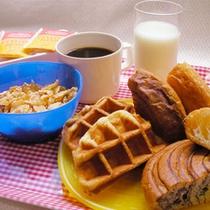 朝食(ワッフル・パン)