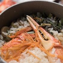 *【和会席のお料理一例】お食事のしめには、季節の釜飯をご用意いたします。