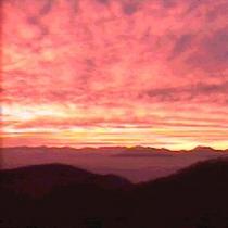 施設からの夕陽