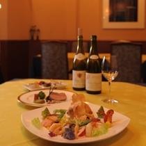 フレンチレストラン【ラピスラズリ】 ごゆっくりお楽しみください