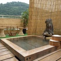 ◇≪貸切露天風呂≫ 昼の眺望