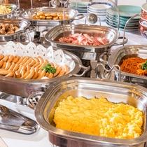 朝食の和洋バイキング(7:00〜9:00)