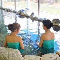 バリエーションに富んだ温泉大浴場 ご利用時間:5:00~8:00 10:00~23:00