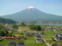 梅雨の合間の富士山