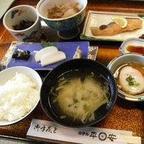 *【朝食(お食事一例)】