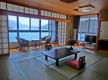 【305号室】 京間12畳/海側客室/バス・トイレ付