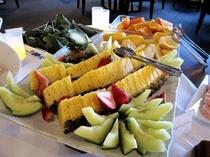 ■食事:フルーツも充実!