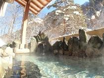 本館露天風呂(冬)