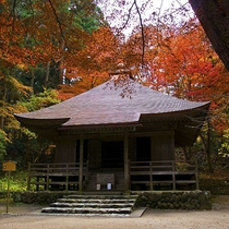 秋の中尊寺(経蔵)