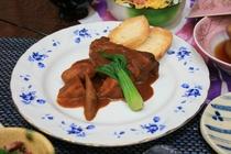 特製スペアリブと和野菜の味噌ワイン煮